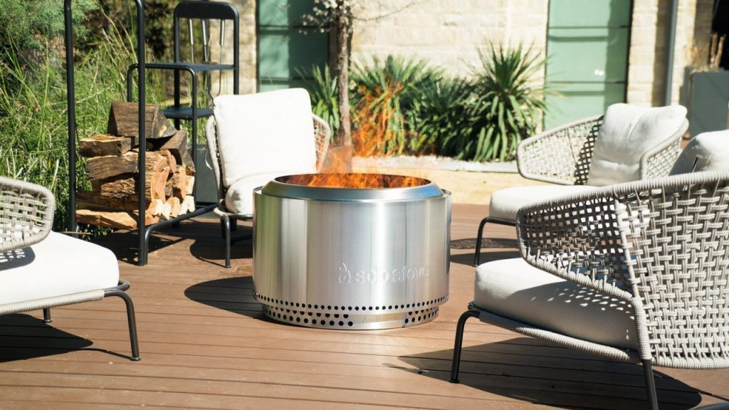 How do you start a smokeless fire pit?